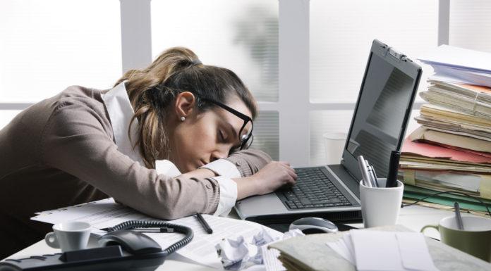 Chronische Müdigkeit, Warum, müde, Was hilft gegen Müdigkeit